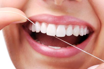Diş İpi Kullanmaya Başlamak İçin Geç Değil!